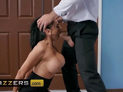 Big Bosom convenient Work - (Audrey Bitoni, Charles Dera) - Emergency Dick Distraction - Brazzers